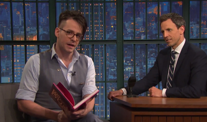 Matt Fraction comenta Sex Criminals e Gavião Arqueiro no Late Night com Seth Meyers