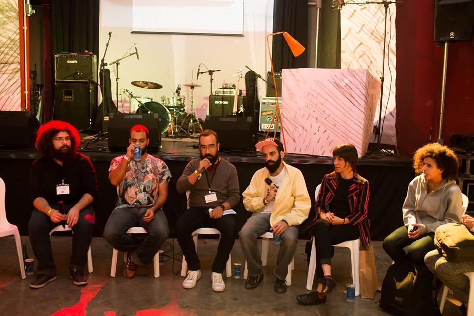 Debate com Jão, João Perdigão, Maíra Nassif, Rafael Coutinho e Matheus Ferreira (Foto: Luiza Palhares)