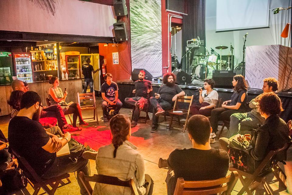 Debate com Aline Lemos, Lovelove6, Ricardo Tokumoto, Rafael Coutinho e Jão (Foto: Luiz Carlos Oliveira e Luiza Palhares)